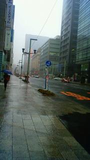 東京駅で暴風
